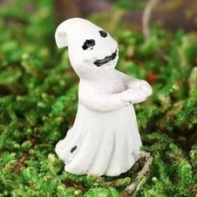 micro_miniature_ghost_medium